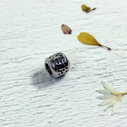 Tolgus Stamp Bead