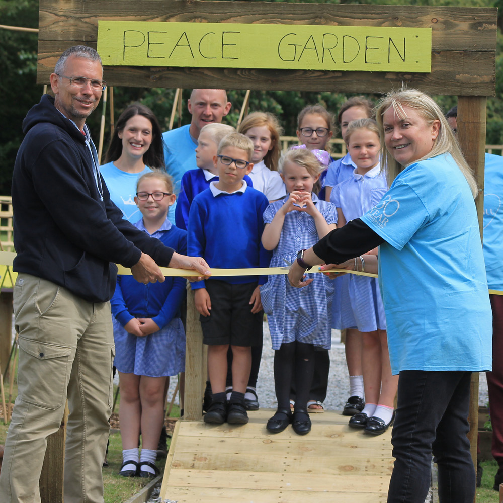Cornwall Gold make a world of wonderful for Crowan Primary School
