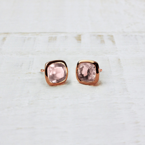 Studs Square - rose quartz